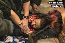 [NEWSinPhoto뉴스인포토닷컴 /#U.S. Presidential Election] 트럼프 지지로 위장한 안티파 선동으로 의사당 진입… 총에 맞은 여성 사망, 기타 7 명 입원, 13 명 체포, 사망 여성은 캘리포니아주 샌디에이고 애슐리 바빗, 공군에 14년간 복무한 베테랑 확인!.20210107. BREITBART, THE EPOCH TIMES인용,U.S. Capital.